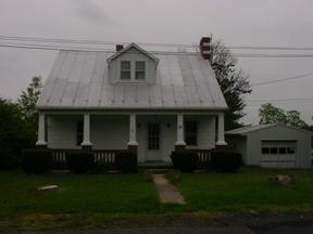Residential Sold: 40 Oak St