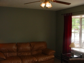 Residential Sold: 60 Greenbriar Lane