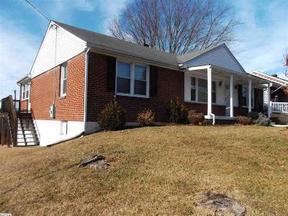 Residential Sold: 27 N Lynnhaven Dr