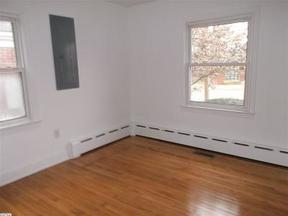Residential Active: 340 S Laurel Ave