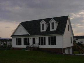 Residential Sold: 8 Lindbergh Dr