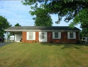 Residential Sold: 102 Hillside Dr