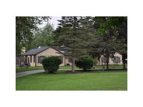 Residential Active: 16381 Franklin Rd