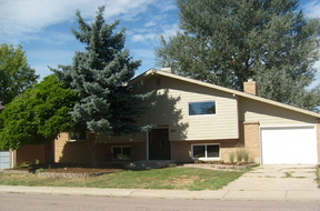 Residential Sold: 8907 Norwich St