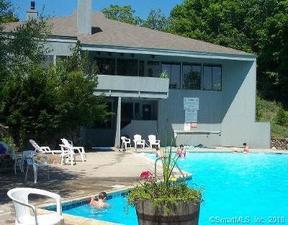 Residential Sold: 5 Sandlewood Lane #5