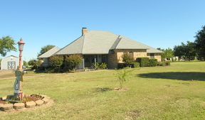 Residential Sold: 330 Callie Court