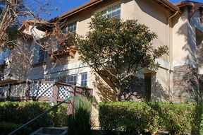 Carson CA Residential Sale Pending: $439,000