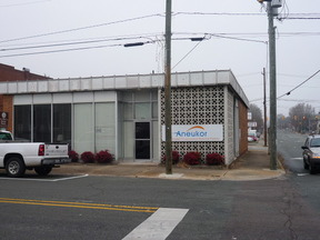 Lease/Rentals Rental: 133 East Raleigh