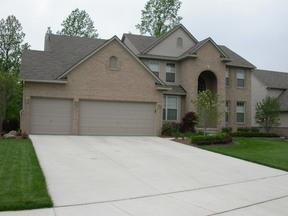 Residential Sold: 1033 BIRCHWAY CT