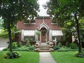 Residential Sold: 11327 Cranston