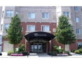 Residential Sold: 1 Cityview Ln #805
