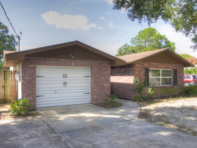 Residential Sold: 111 VOLUSIA DR SE