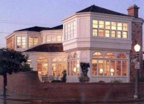 Las Vegas NV Residential Active: $527,000