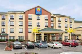 Commercial 08-15-18: Comfort Inn & Suites