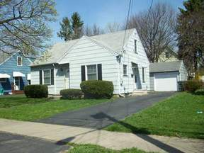 Residential Active: 28 Traver Circle