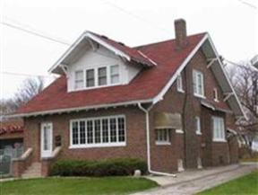 Residential Sold: 4210 SUNNYSIDE CRESCENT
