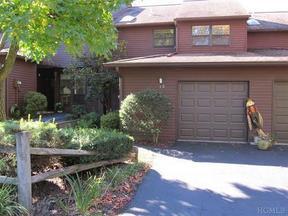 Residential Sold: 73 Woods Brooke Cir #7-3
