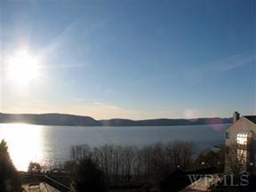 Residential Sold: 75 Hudson Point Ln