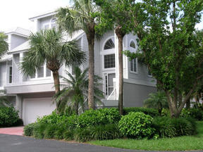Residential Sold: 140 Barefoot Circle
