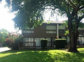 Residential Sold: 3955 Knollcrest Dr
