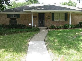 Residential Active: 2425 Douglas Avenue