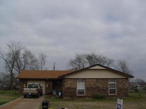 Residential Sold: 605 Ridgeway
