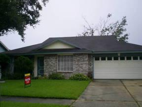 Residential Sold: 2733 OAK LEAF DR