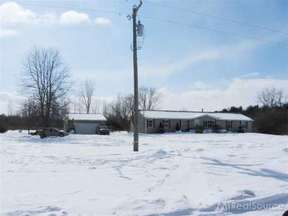Residential Sale Pending: 7935 Ravenswood Rd