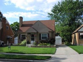 Residential Sold: 921 Danbury Rd