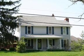 Residential Sold: 1120 West Social Row Rd