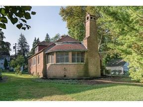 Residential Sold: 20 Plumwood Road