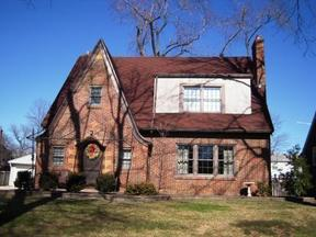 Residential Sold: 317 East Dixon Ave