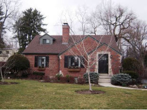 Residential Sold: 25 West Peach Orchard Ave