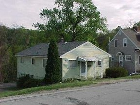 Residential Sold: 168 Rosslyn Blvd.