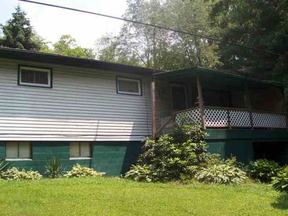 Residential Sold: 588 Scott Featner Rd