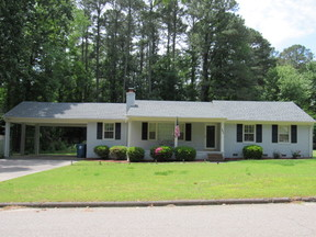 Residential Sale Pending: 205 Holly Hill Road
