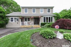 Residential Sold: 7 Deerfield Ct