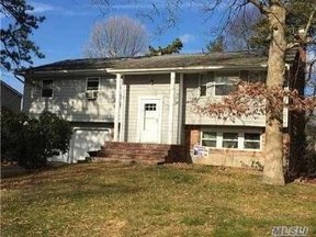 Residential Sold: 17 Sherry Ln