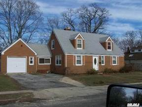 Residential Sold: 225 Saint Johns St