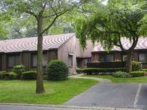 Residential Sold: 133 Strathmore Gate Dr