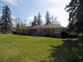 Residential Sold: 338 Meadowview Drive