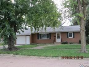 Residential Sold: W 209 Birch St