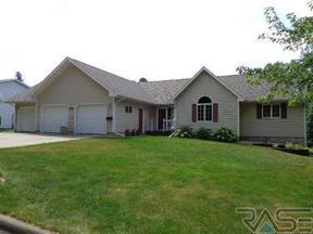 Residential Sold: 601 E Lynn St