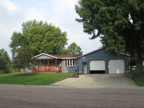 Beresford SD Residential Active: $184,900