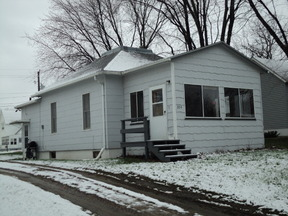 Residential Sold: 204 Hwy 11 St