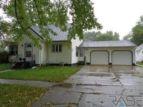 Beresford SD Residential Active: $169,500