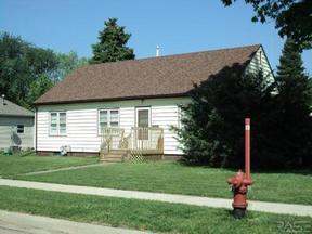 Residential Sold: 200 North Lincoln Ave