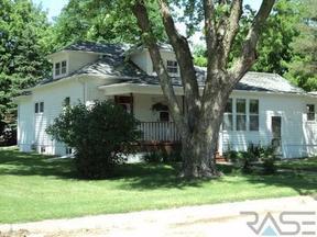 Residential Sold: 200 E Short St