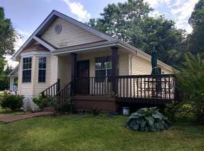 Residential Sold: 2225 Cruzen St