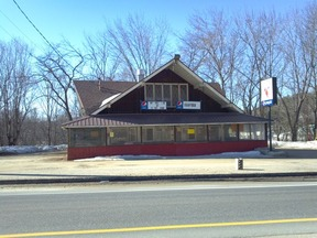 Commercial Listing Active: 856 River Road